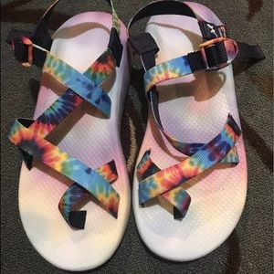 Men's chacos Sz 11 rainbow color